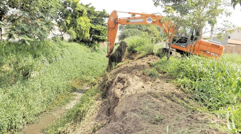 O Rio Mandi durante trabalho de desassoreamento; Prefeitura prepara segunda etapa de projeto que beneficia todos os rios (Foto: Divulgação PML)