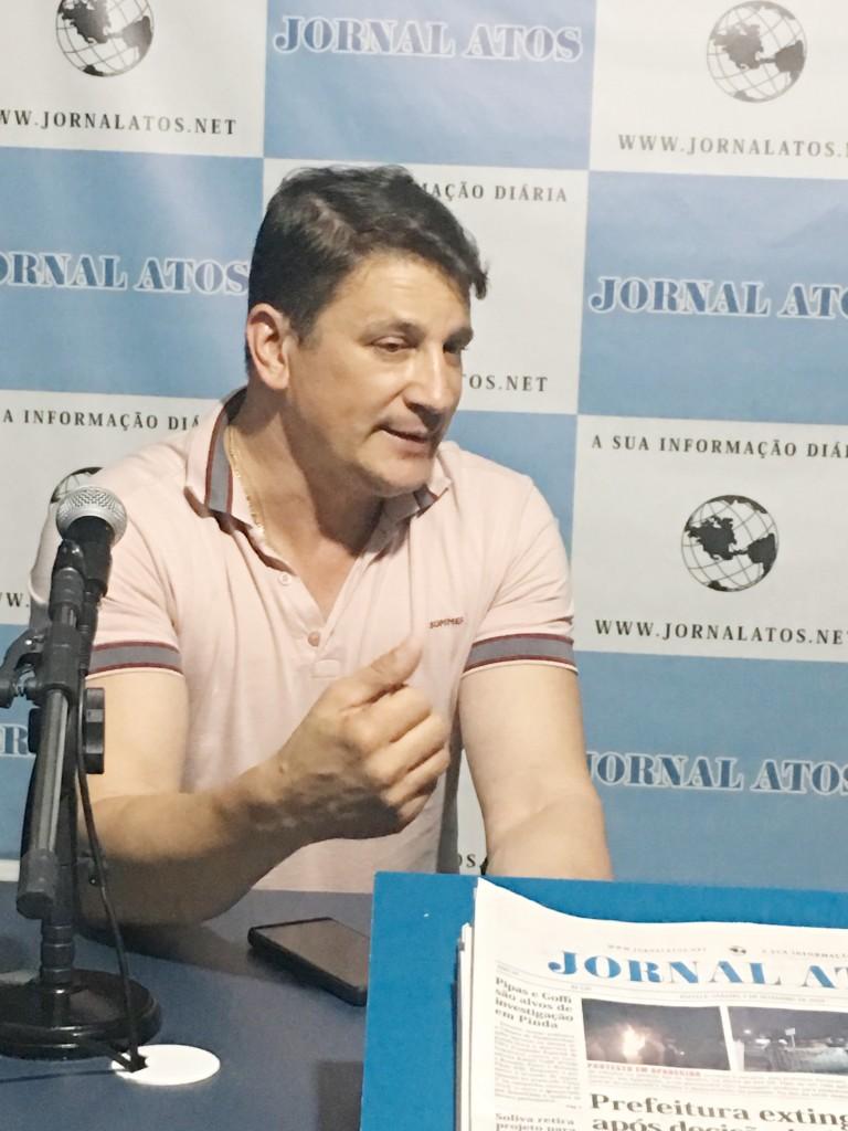 Isael Domingues, durante entrevista ao Jornal Atos sobre convênio com Itesp para regularização de áreas (Foto: Jéssica Dias)