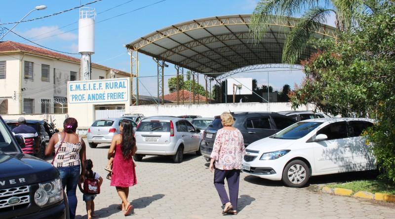 Uma das escolas municipais de Guaratinguetá; Prefeitura abre edital para limpeza na Educação (Foto: Arquivo Atos)