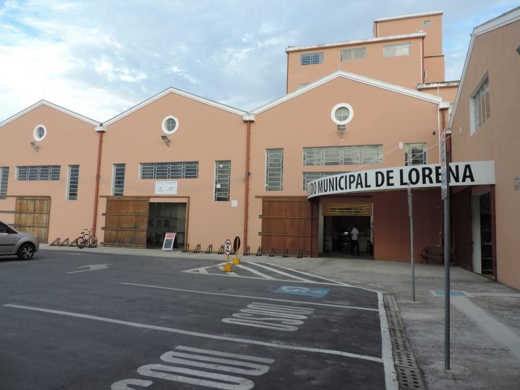 O Mercado Municipal de Lorena que receberá ações da Saúde neste sábado; grupo realizará testes rápidos de DST (Foto: Rafaela Lourenço)