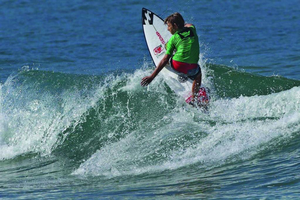 Onda em Ubatuba, que recebe decisão do estadual de surf, neste final de semana; competição reúne melhores colocados no ranking brasileiro (Foto: Reprodução)