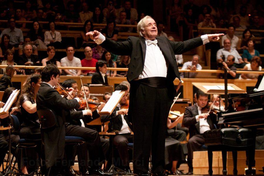 O maestro João Carlos Martins que se apresenta em Cruzeiro ao lado da Orquestra Bachiana Filarmônica (Foto: Reprodução)