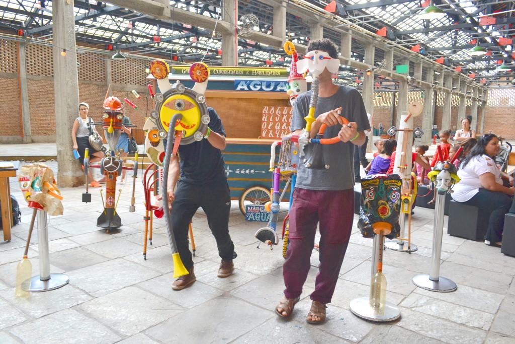 Artistas ligados ao Circuito Sesc de Artes abrem o espetáculo, em evento que reuniu convidados de todo Estado de São Paulo (Elisabeth Almeida)