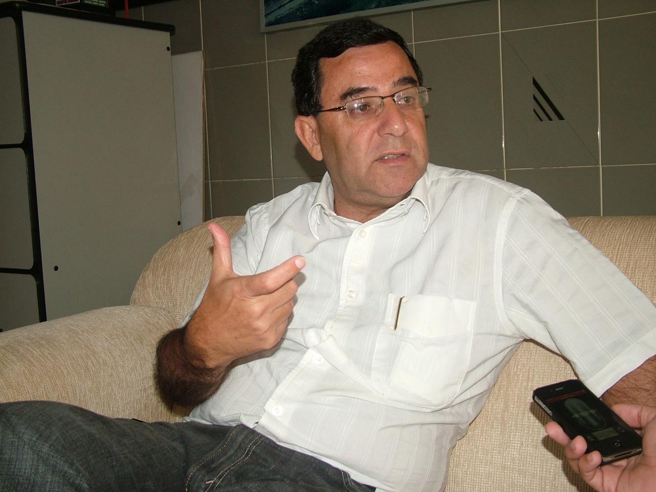 O prefeito Márcio Siqueira, que recebeu parecer favorável sobre contratos que o afastou do cargo (Foto: Arquivo Atos)