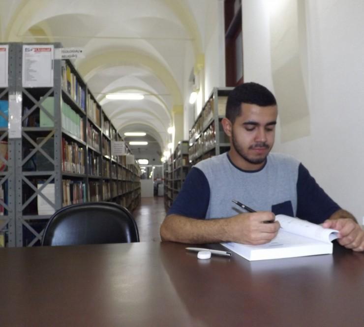 Estudante de Lorena organiza 'vaquinha on-line' para viabilizar intercâmbio em Portugal
