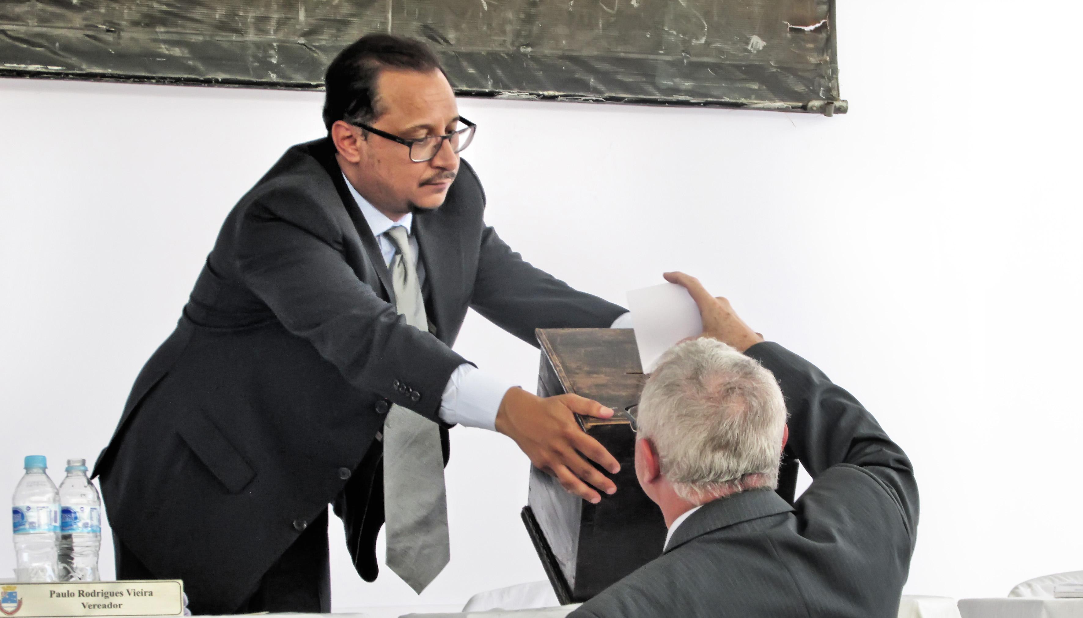 O vereador Paulo Vieira, na Câmara; após condenação, parlamentar falou até em eleição à deputado (Foto: Arquivo Atos)