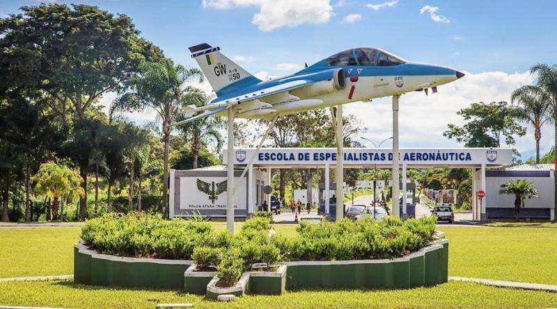 EEAer de Guaratinguetá; mudança no aeroporto (Foto: Reprodução)