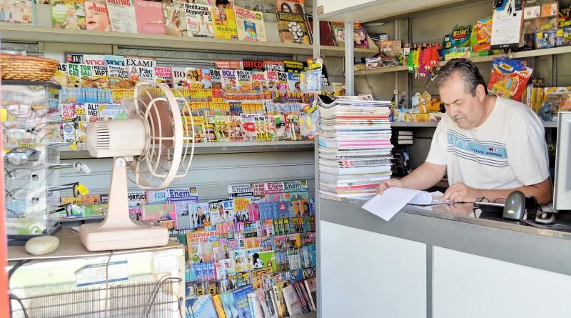 O jornaleiro Itaubi de Oliveira, MEI que vê no sistema o melhor para quem quer empreender na região (Foto: Juliana Aguilera)