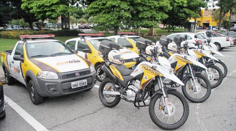 Veículos entregues durante a semana para reforçar o combate à criminalidade em Pindamonhangaba; cidade amplia estrutura em 85% (Foto: Divulgação)