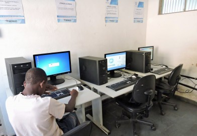 Silveiras recebe cinco novos computadores para o Acessa SP