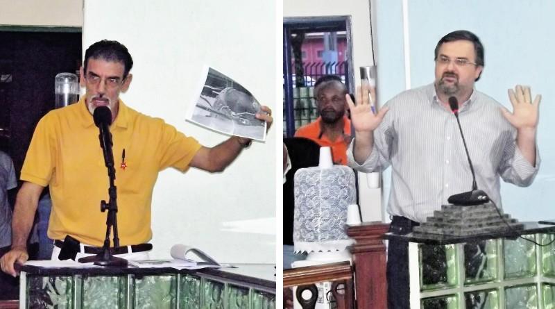 O ex-vereador Carlos Coelho (à esquerda), acusado por Elcio Vieira de pegar documentos da Câmara; denúncia tem abertura de CPI (Foto: Arquivo Atos)