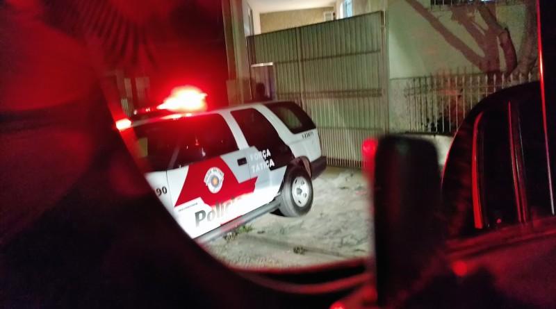 Viatura da Polícia Militar, durante operação na região; ação prendeu vinte policiais do Vale do Paraíba (Foto: Arquivo Atos)