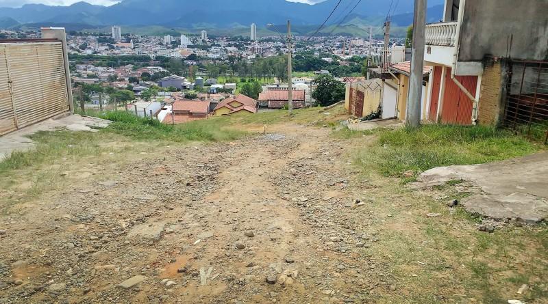 Trecho do bairro Vista Alegre, que ainda precisa de pavimentação; Prefeitura quer investir em estrutura (Foto: Colaboração)