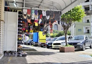 Aparecida aumenta o rigor contra irregularidade no comércio e feira