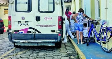 A Santa Casa de Cachoeira Paulista; jovem de 21 teve gravidez interrompida por falta de atendimento (Foto: Arquivo Atos)