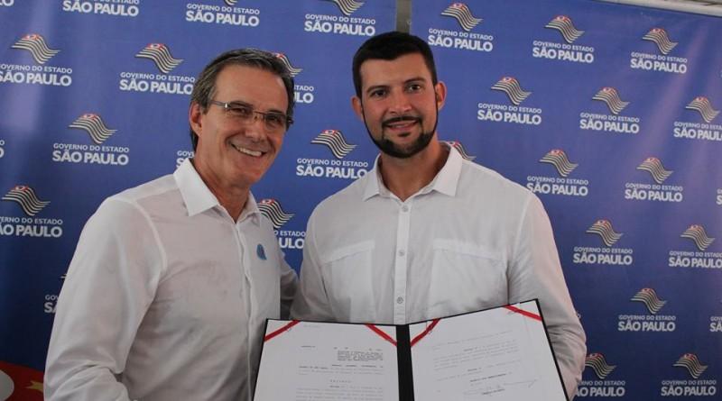 Marcus Soliva e Marcelo Coutinho; devolução de R$ 1,5 milhão deve garantir parcela do 13º salário a servidores (Foto: Reprodução)