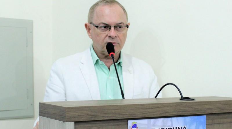 O vereador Mário Notharangeli, eleito presidente da Câmara de Cruzeiro para os próximos dois anos (Foto: Reprodução CMC)