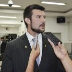 Câmara de Guaratinguetá revoga reajuste salarial de vereadores