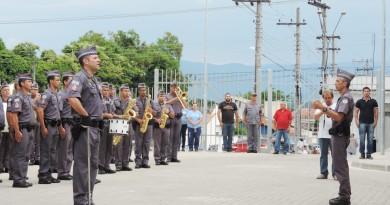 Policiais militares durante evento de inauguração de batalhão, em Lorena (Foto: Jéssica Dias)
