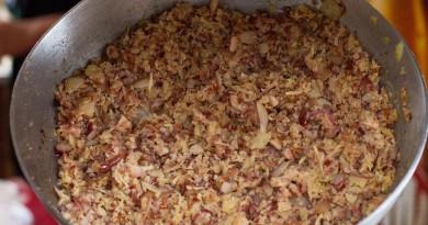 A farofa de pinhão, um dos pratos típicos do festival (Foto: Divulgação)