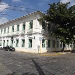 Lorena recupera posse da Casa da Cultura e quita dívida da Santa Casa com banco
