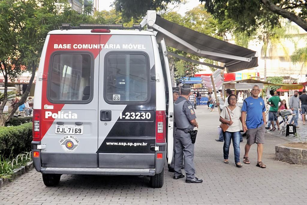 Trabalho diário da Pm no Centro de Guará; assalto terminou com prisão de criminoso (Foto: Arquivo Atos)