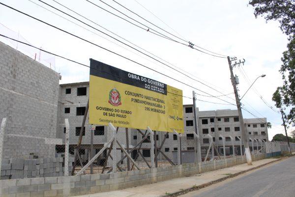 Obras do conjunto habitacional de Pinda; obras seguem em andamento e conclusão prevista para 2020 e 2021 (Foto: Divulgação)
