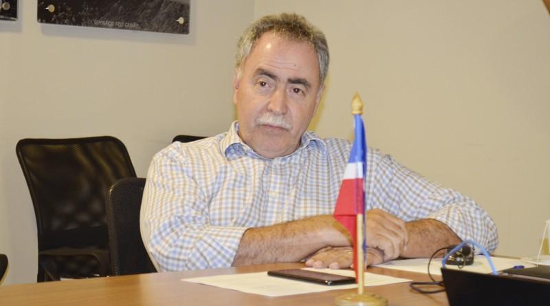 O secretário de Administração, Miguel Sampaio; ampliar atendimento (Foto: Leandro Oliveira)