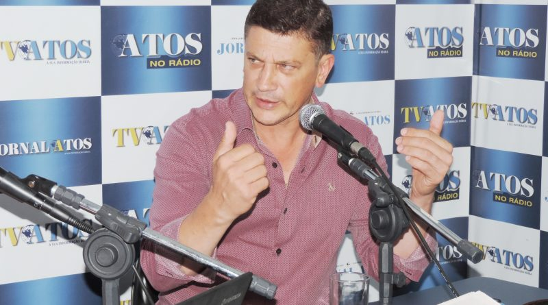 Isael anuncia cobertura de quadras de seis escolas com R$ 2,5 milhões investidos