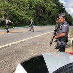 Mãe e filho são presos após matar um homem e ferir outro