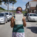 Moradores do Parque das Rodovias em Lorena começam a receber certidão de terrenos ocupados