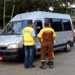 Ubatuba proíbe ônibus e vans de turismo de apenas um dia