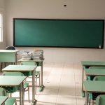 Estado lança auxílio de R$ 1 mil para evitar evasão de alunos da rede pública