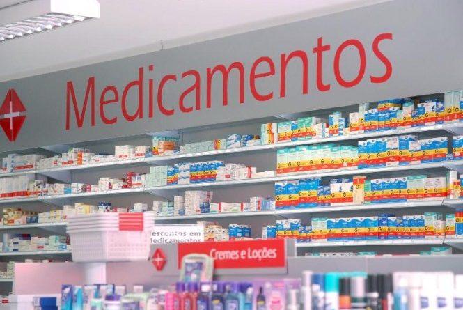 Projeto aprovado na Câmara de Roseira tenta obrigar farmácias a atender 24 horas